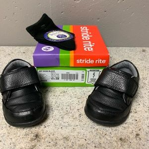 Stride Rite Toddler Boys Shoes, Size 4.5 XW